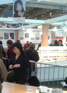 Anne Sinclair au salon du livre